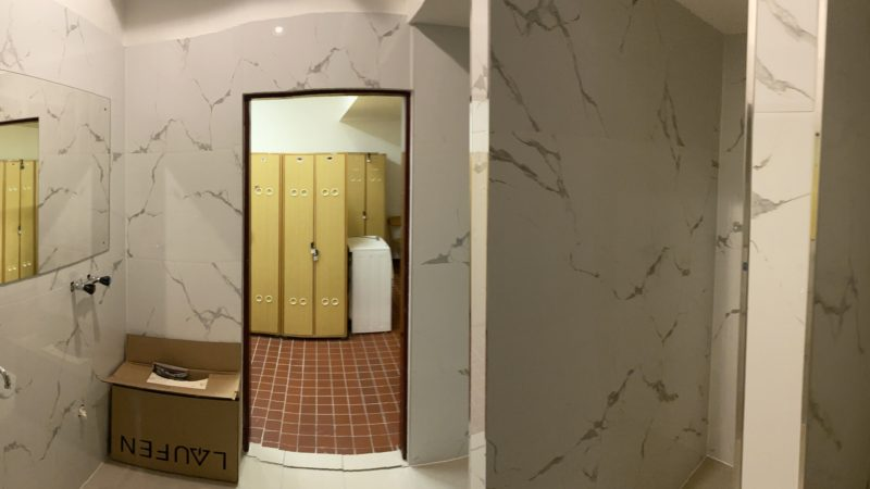 Nové koupelny pro zaměstnance – Královehradecký kraj